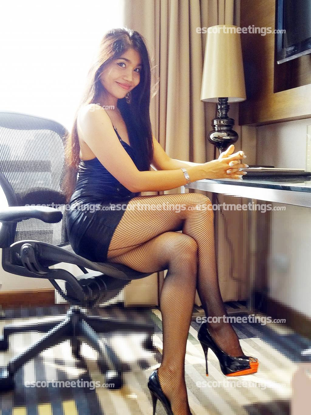 thai massage outcall bangkok older women escorts